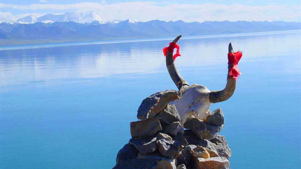 Nam-tso Lake