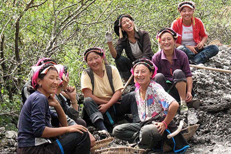 Kham Women (Khamo) from Rondrag.