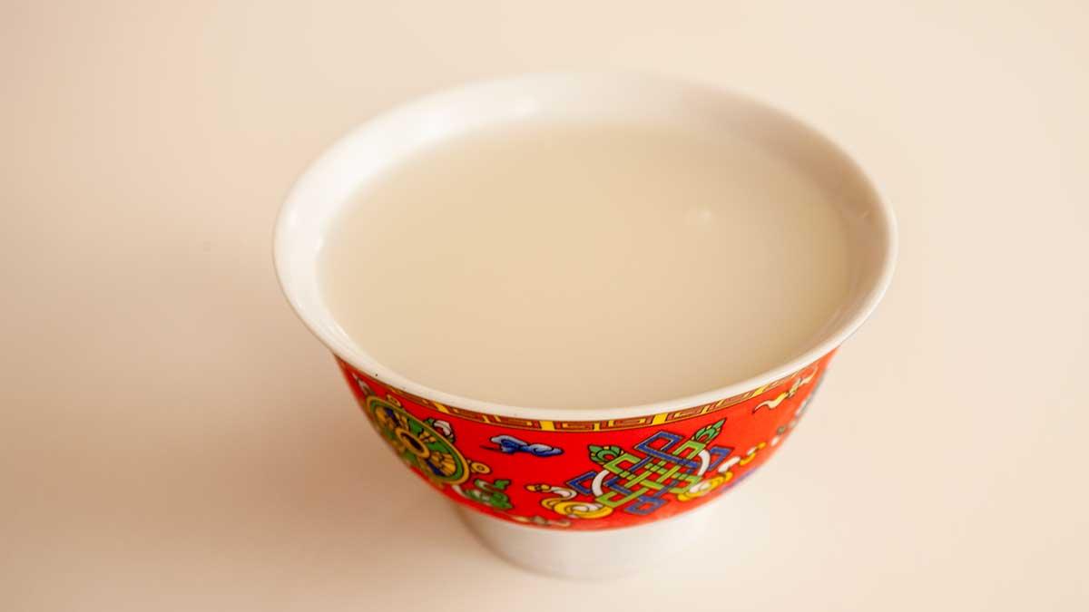 Drechang – Tibetan rice beer.