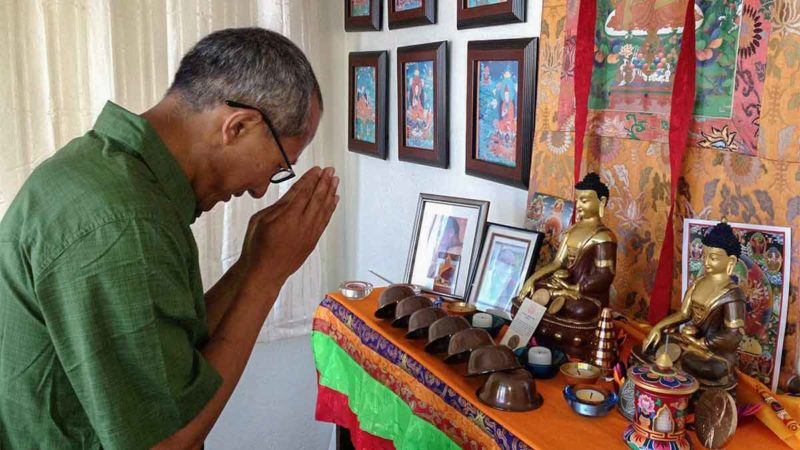 Lobsang: Buddhist Etiquette