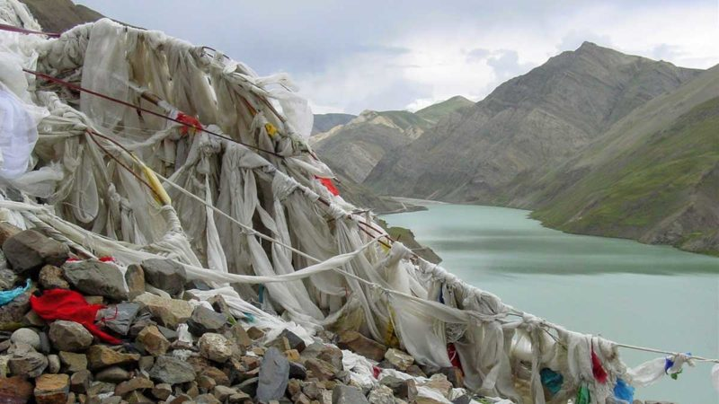 Visit to Tibet: Manak Dam Lake viewed from the Simi La Pass