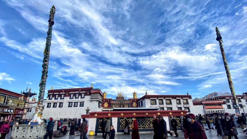 Visiting in Tibet: Jokhang Temple from Jokhang Square
