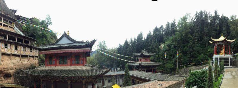 Sharzong Ritod Monastery near Xining