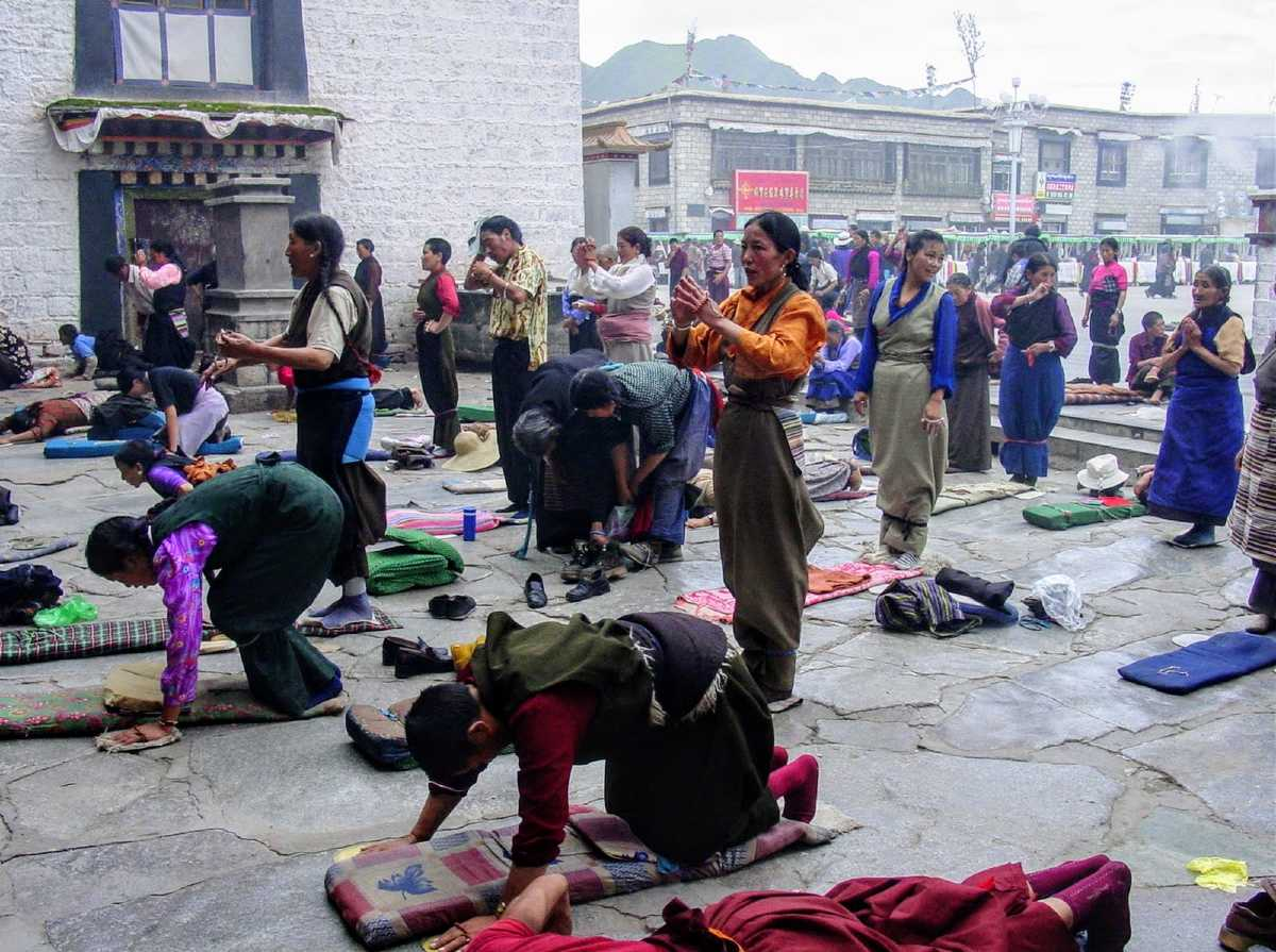 Tibetans prostrating at the Jokhang in Lhasa in 2002