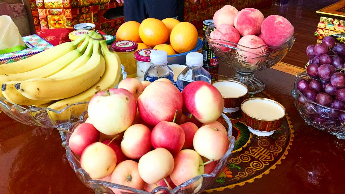 Fruits available in Lhasa